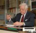 Χέλμουτ Σμιτ: Η Ελλάδα μπήκε στην ΕΕ για να στηριχθεί πολιτικά μετά τη δικτατορία